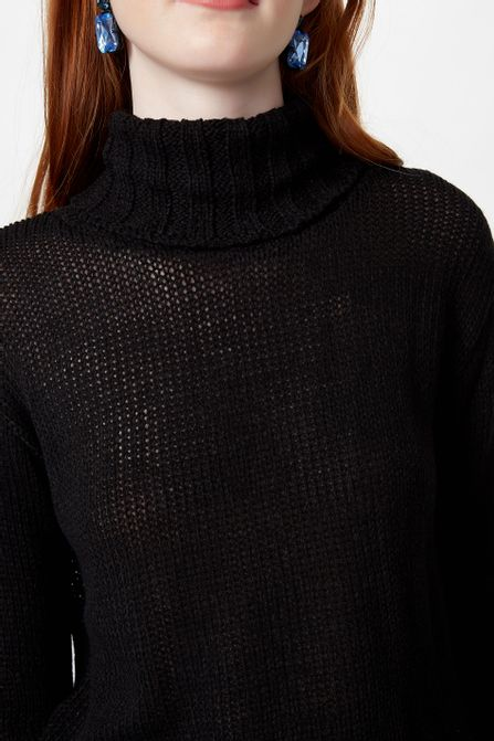 52102848_0005_4-CROPPED-TRICOT