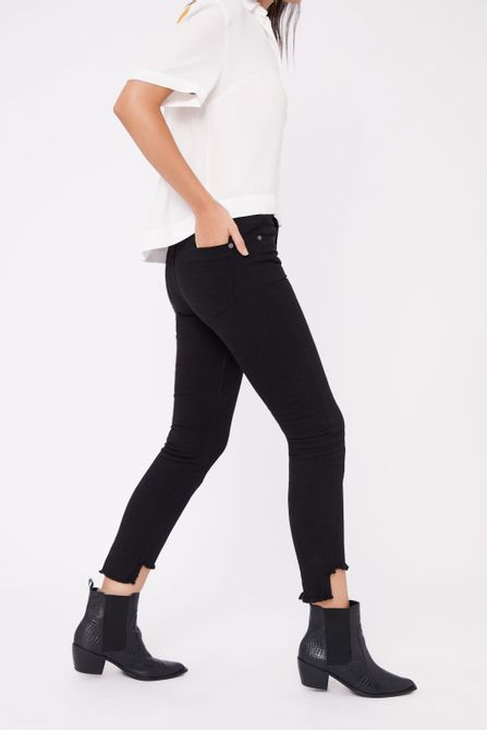 04691309_0005_2-CALCA-SKINNY-OSLO-SARJA-COLOR